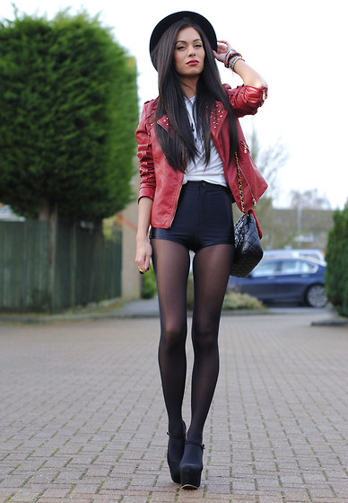 2761880_RED_jacket_2