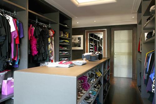Closet_3_large